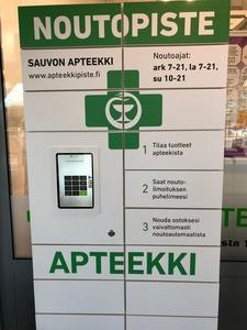 Apteekin noutoautomaatti palveluksessa